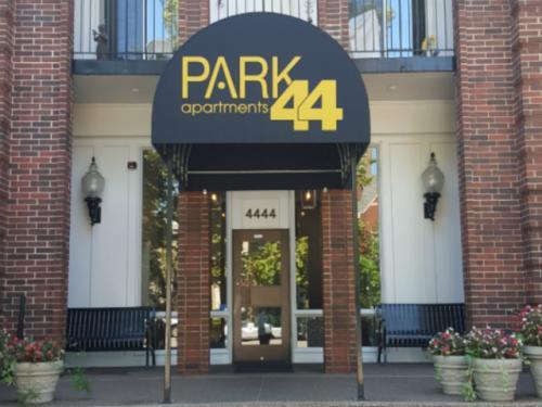 Park 44 Apartments Photo 1