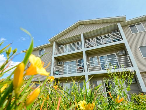 Wyndemere Apartments Photo 1