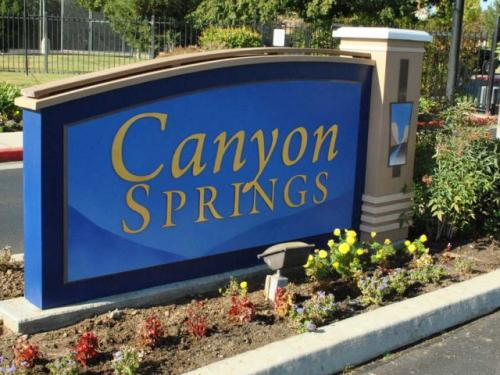 Canyon Springs Photo 1