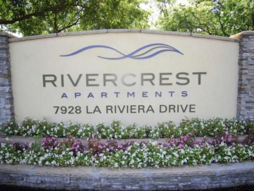 Rivercrest Village Photo 1