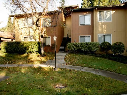 Vista Oaks Apartments Photo 1