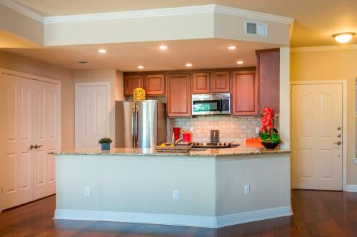 Somerset Townhomes Photo 1