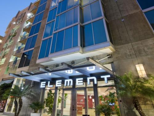 Element Photo 1
