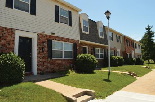 Middlebrooke Apartments and Townhomes Photo 1