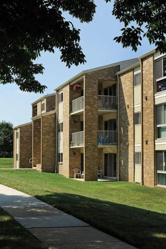 Top Field Apartments Photo 1
