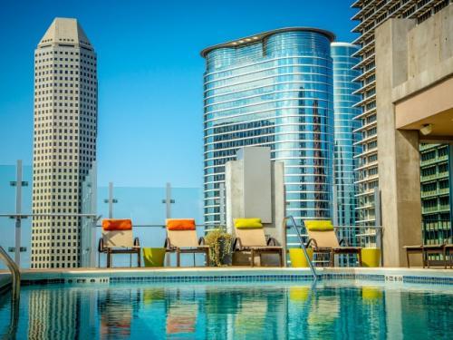 Skyhouse Houston Photo 1