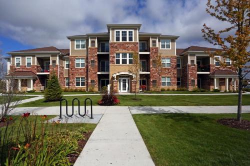 Algonquin Square Apartments Photo 1