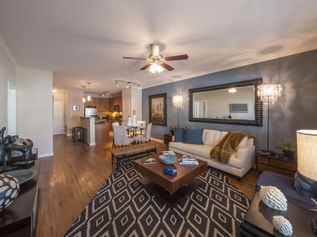 fitzhugh urban flats apartments dallas tx hotpads