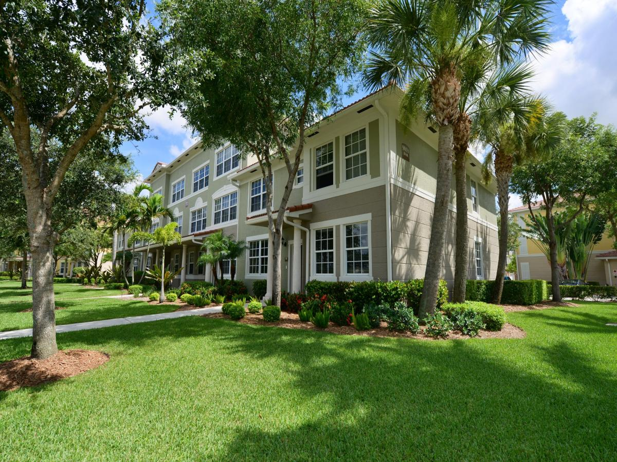 Gables Montecito at 9016 Alister Boulevard E, Palm Beach Gardens, FL ...