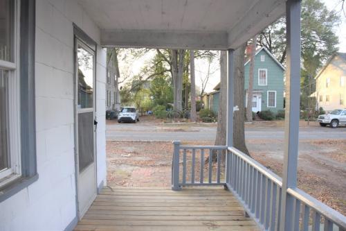 313 Sortwell Street Photo 1