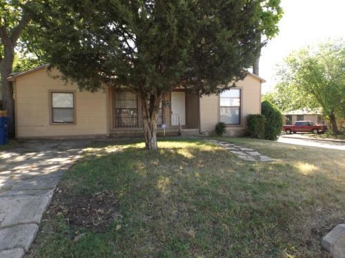 2946 S Ewing Avenue Photo 1