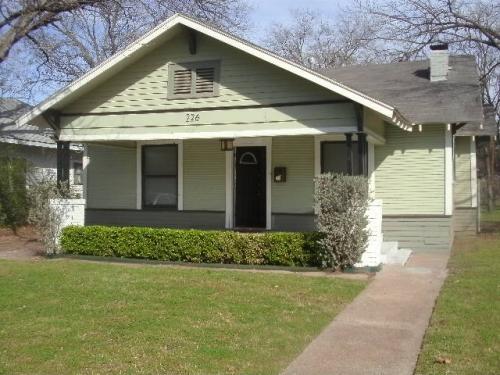226 S Oak Cliff Boulevard Photo 1