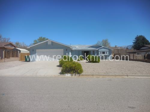 1728 Powder River Drive NE Photo 1