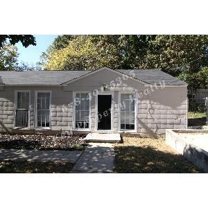 Updated 2 Bed/1 Bath, Fenced-In Yard,Spacious R... 3283 Photo 1