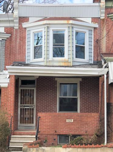 525 N Clayton Street Photo 1