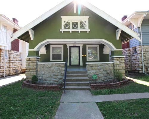 3841 Benton Boulevard Photo 1