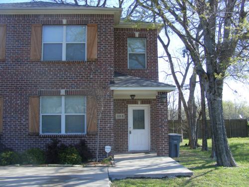 1328 B Fletcher Street Photo 1