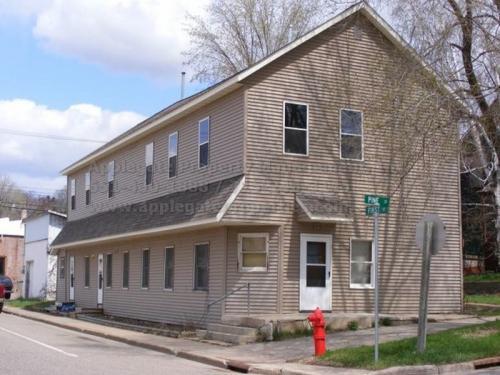 104 Pine Street Photo 1