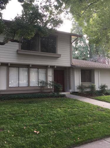 1564 Fitchville Avenue Photo 1