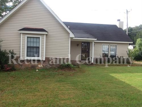 4891 Summitridge Drive Photo 1