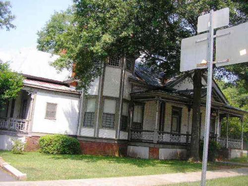 240 N Clark Street Photo 1