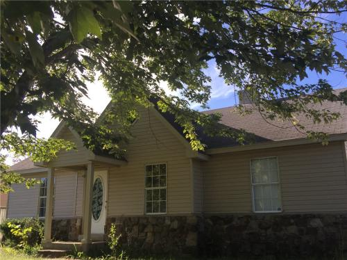 6033 Chadwell Road Photo 1