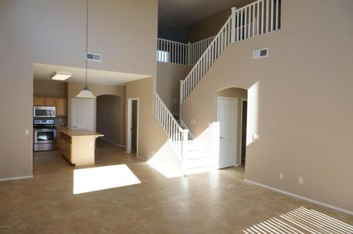 44299 W Oster Drive Photo 1