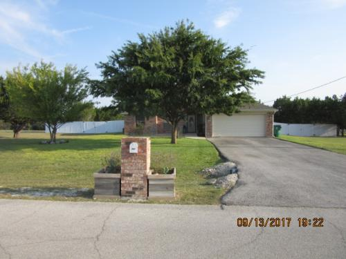 797 County Road #4711 Photo 1