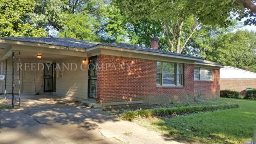3681 Bedford Lane Photo 1