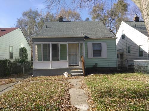 9031 Auburn Street Photo 1