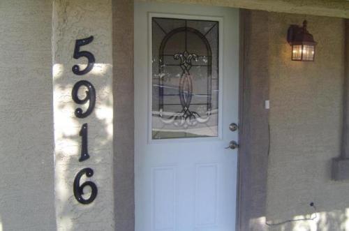 5916 W Granada Road Photo 1