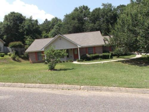 143 Rolling Pines Dr Photo 1