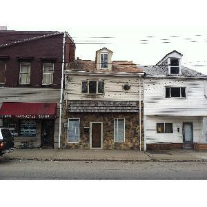 4747 Butler Street Photo 1