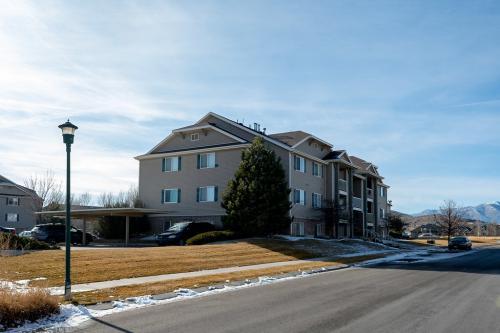 8182 N Cedar Springs Road #6 Photo 1