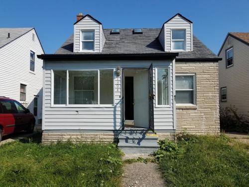 7394 Minock Street Photo 1