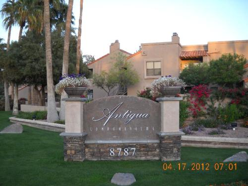8787 E Mountain View Road Photo 1
