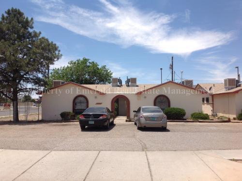 3601 Yucca Drive NW Photo 1