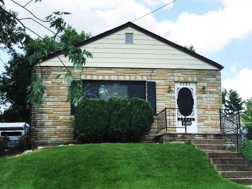 7721 Rannells Avenue Photo 1