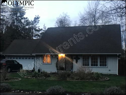 4221 Glen Terra Drive SE Photo 1