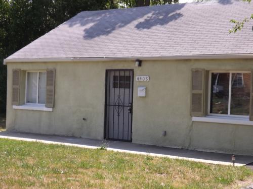 4408 S Benton Avenue Photo 1