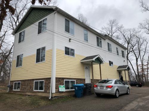 1329-1331 Knollwood Avenue Photo 1