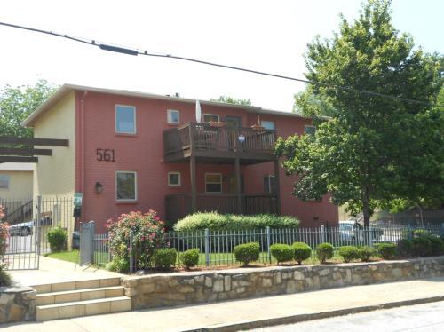 561 Formwalt Street Photo 1