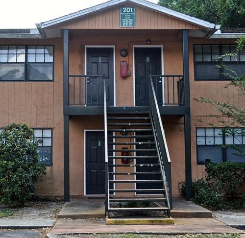 201 Poinsettia Pine Court #202 Photo 1