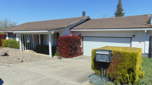 1432 Orchid Way Photo 1