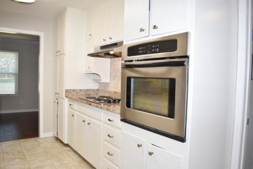 600 Colleyville Terrace Photo 1