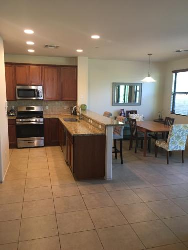 2910 E Canyon Bend Street Photo 1