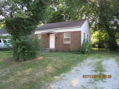 3351 N Grant Avenue Photo 1