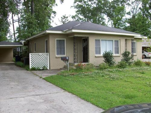 315 Oak Street Photo 1