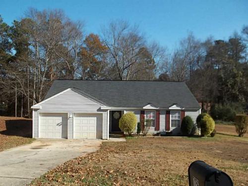 7256 Woodland Circle Photo 1