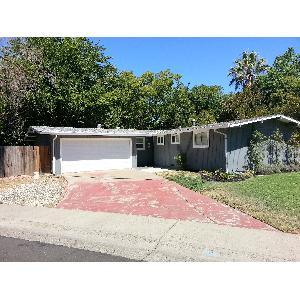 10229 Los Palos Drive Photo 1